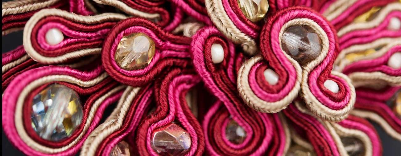 Nakit od tkanine i trake